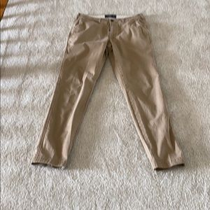 Abercrombie and Fitch khaki pant like new 30x32